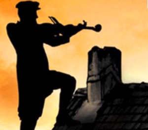 Fiddler on the Roof silhouette screen capture